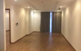 Cho thuê căn góc Imperia Garden 3 phòng ngủ sáng, đồ cơ bản, 107m2, giá 13 tr/tháng.