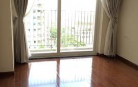 Cho thuê CC Thăng Long Yên Hòa, 3 phòng ngủ - Giá 10 triệu/tháng