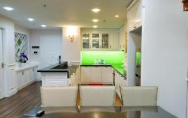 Cho thuê căn hộ chung cư CC Royal City - R6-143m căn góc 3 ngủ sáng , full đồ đẹp giá 30tr LH: 0915074066