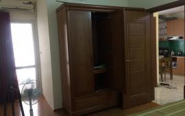 cho thuê căn hộ 70m, tòa Gemek Tower, mặt đường Láng Hòa Lạc và đường Lê Trọng Tấn, có 2 ngủ, 2wc, sàn gỗ, thạch c