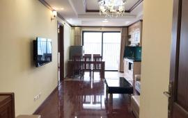 Cho thuê căn hộ 3 PN, full nội thất chung cư 125 Hoàng Ngân, view hồ, thoáng
