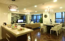 Chính chủ cho thuê Vincom Center Bà Triệu, 198m2, 3 phòng ngủ, nội thất đẹp 35 tr/tháng LH 0918441990