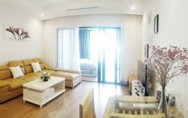 Cho thuê chung cư cao cấp 36 Hoàng Cầu (View hồ), trẻ trung, sang trọng (đồ mua để ở)