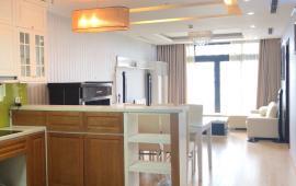 Cho thuê căn hộ Royal City 2 phòng ngủ, dt 104m2 full nội thất giá 17 triệu/tháng