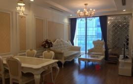 Cho thuê căn hộ chung cư Vinhomes, Nguyễn Chí Thanh, 2 phòng ngủ, đủ đồ đẹp, giá 24 triệu/th