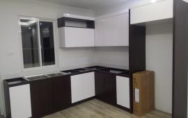 Cần cho thuê căn hộ đồ cơ bản Bộ Quốc Phòng, CT2B Thạch Bàn, Long Biên. Giá 5 tr/tháng