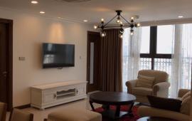 Cần cho thuê căn hộ tại Platinum Residences số 6 Nguyễn Công Hoan, DT 107m2, 2PN, đủ đồ, 16 tr/th
