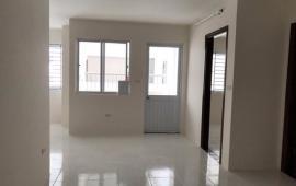 Cho thuê chung cư CT2 Yên Nghĩa,căn 3 phòng ngủ,đã có kệ bếp giá thuê 4 triêu/tháng.LH:0964467711.