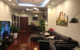 Gia đình cho thuê CH Green Star Pham Văn Đồng. S 105m2, 3 phòng ngủ, đủ đồ đẹp. LH 0962486598