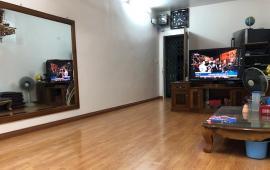 Cho thuê căn hộ ở Hoàng Quốc Việt, ở hộ GĐ