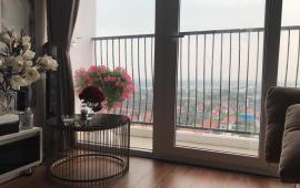 tôi đang cần cho thuê căn hộ 98m chung cư Gemek Premium, thiết kế 3 ngủ, 2wc, nhà có sàn gỗ, điều hòa, t