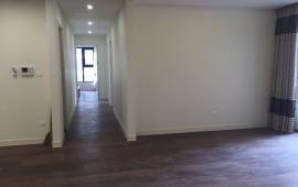 Cho thuê căn hộ chung cư Licogi 13 ngã tư Khuất Duy Tiến DT 92m2, đồ cơ bản, giá 10 tr/th