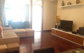 Cho thuê căn hộ chung cư Sông Hồng Park View, 165 Thái Hà, 3PN, full đồ, 14tr/th