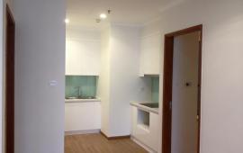 Chính chủ cho thuê căn hộ 3 phòng ngủ, Royal City R52206, giá 15 triệu/tháng. LHCC: 0904.56.57.30