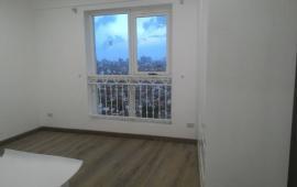 Chính chủ cần cho thuê căn hộ 27 Huỳnh Thúc Kháng, DT 130m2, 3 PN, đồ cơ bản, giá 12 triệu/th