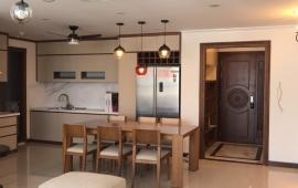 Cho thuê căn hộ cao cấp tại chung cư 172 Ngọc Khánh, 150m2, 3PN, gần đủ đồ, giá 16 triệu/tháng