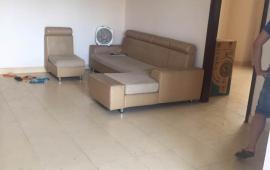 Cho thuê căn hộ 2 PN, tòa OCT1 Bắc Linh Đàm, gần Cầu Dậu, giá 6tr/tháng, có thương lượng