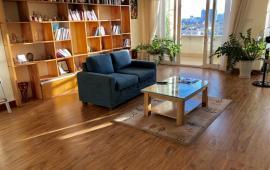 Cho thuê CHCC N105 Nguyễn Phong Sắc, 150m2, 3PN, đủ đồ, khách thuê chỉ việc xách vali đến ở