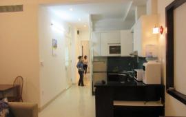 Căn hộ tại tòa 713 Lạc Long Quân, 3pn, 2wc diện tích 128m2 giá cho thuê 12tr/tháng