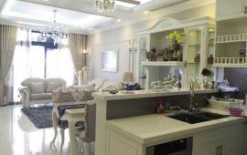 Cho thuê căn hộ chung cư Royal City 200m2 (sang trọng, quý phái, view trọn dự án)