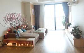 Cho thuê căn hộ chung cư 27 Huỳnh Thúc Kháng, view hồ, nhà thoáng