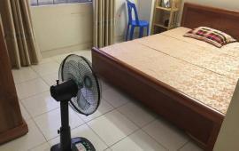 Cho thuê căn hộ 75m2, view đẹp, đồ cơ bản, Việt Hưng, LH: 0966986751