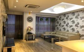 Tôi cần cho thuê căn hộ Royal City 72 Nguyễn Trãi, 180m2, 2PN, căn góc thoáng, rất đẹp, 23 tr/th
