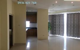 Cho thuê căn hộ chung cư 335 Cầu Giấy, 3 phòng ngủ đồ cơ bản. Giá 8 triệu/tháng
