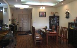 Cho thuê căn hộ chung cư 57 Láng Hạ, 2 phòng ngủ, đủ đồ nhà đẹp vào ngay 13tr/tháng LH: 0943415423