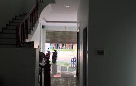 Cho thuê nhà riêng Sài Đồng, Long Biên, nhà đẹp, 80m2, giá 20tr/ tháng