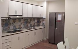 Cho thuê chung cư 51 quan nhân 2 ngủ đủ đồ giá 10r, Lh 012 999 067 62