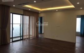 Cho thuê căn hộ 3 phong ngủ, tầng 18, DT 128m2, căn góc, đồ cơ bản 13 tr/th, LH 0976 988 829