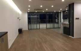 Cho thuê chung cư Tràng An Complex, số 1 Phùng Chí Kiên, 3 PN, đồ cơ bản, 154m2 căn hiếm