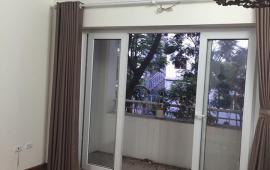 Cần cho thuê căn hộ chung cư đồ cơ bản Valencia, Long Biên, 65m2. Lh: 0966.155.870