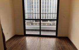 Cho thuê căn hộ The lancaster 3 phòng ngủ, 120m2 đồ cơ bản giá 17 triệu/tháng. LH: 0989862204