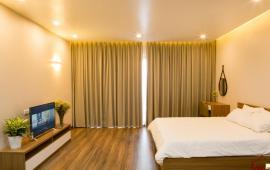 Cho thuê căn hộ dịch vụ ngõ 31, Xuân Diệu 50m2, view đẹp gần hồ Tây