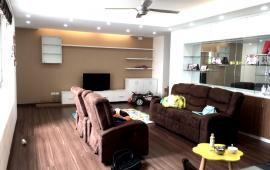 Cho thuê căn hộ chung cư 137m2, full nội thất, 15 triệu/tháng, 3 phòng ngủ, giá cực ưu đãi