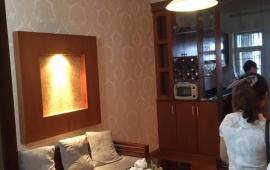 Cho thuê chung cư 3 phòng ngủ nhà cực đẹp, tiện nghi KĐT Việt Hưng, Long Biên