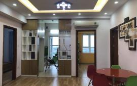 Chuyển công tác cho thuê gấp căn hộ CT2A Nghĩa Đô 2PN, giá 8tr/th full nội thất. LH: 0988303378