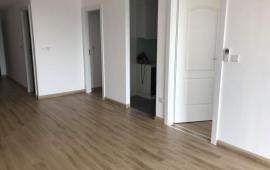 Cho thuê căn hộ 2PN, 82m2, đồ cơ bản tại Imperial Plaza 360 Giải Phóng