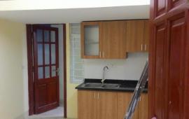 Cho thuê căn hộ CC mini gần bệnh viện Bạch Mai, gần Phố Vọng, ĐH Kinh Tế 3.5 tr/th