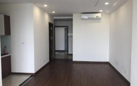 Tôi cần cho thuê căn hộ tại tòa D2 Giảng Võ, Ba Đình. DT 86m2, 2PN, nội thất cơ bản, giá: 12tr/th