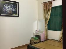 Cho thuê căn hộ chung cư tầng 9, DT 90 m2, 2WC, 2 PN, nhà A2 khu đô thị 54 Hạ Đình, giá 7 triệu/th