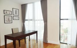 Cho thuê căn hộ tầng 12 chung cư cao cấp Hoàng Thành, Mai Hắc Đế, 120m2, 3PN, 24 triệu/tháng