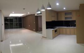 Cho thuê căn hộ 3 phòng ngủ, đồ cơ bản tại chung cư Văn Phú Victoria