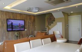 Cho thuê căn hộ view hồ Tây tuyệt đẹp. LH 0901723628
