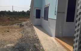 Cần bán lô đất gần trường tiểu học Sông mây. liên hệ 0989738139