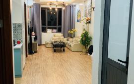 Cho thuê căn hộ chung cư Thái Hà, 43 Phạm Văn Đồng 2PN,giá 10tr/th. Lh 0977438682