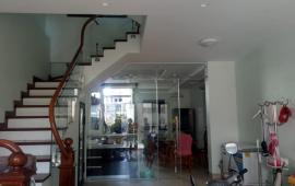 Bán nhà phố Tư Đình, Long Biên, 5 tầng, 60m2, giá 6 tỷ 3, ngõ ô tô tránh