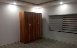 Cần cho thuê gấp căn hộ Siêu Đẹp ở Gia Thụy 50m2, 1N .5,5tr/th